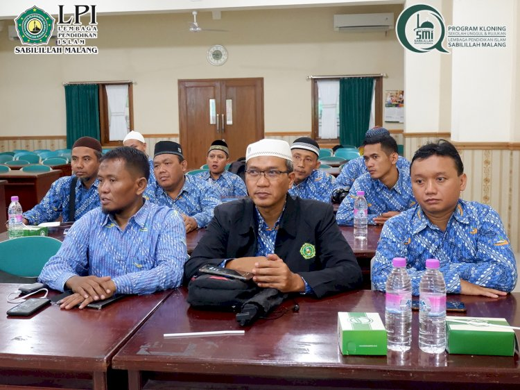 Studi Banding SDIT Nur Hidayah Surakarta